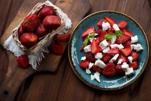 healthy snack of strawberries